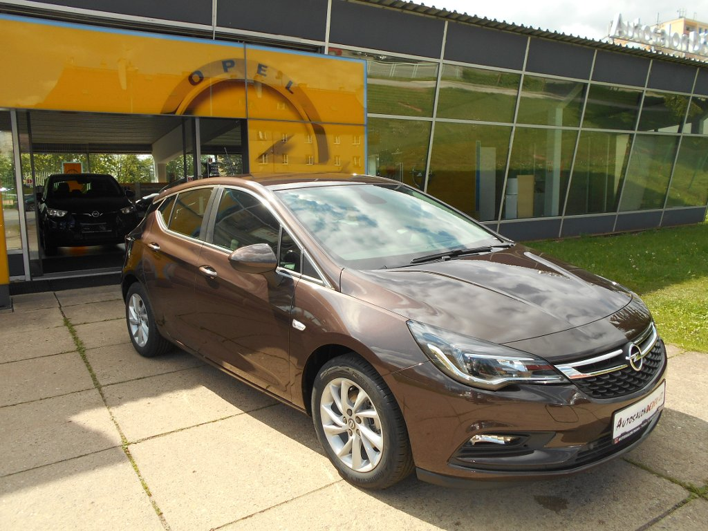 Opel Astra HB5 SMILE 1,4 TURBO 92kW